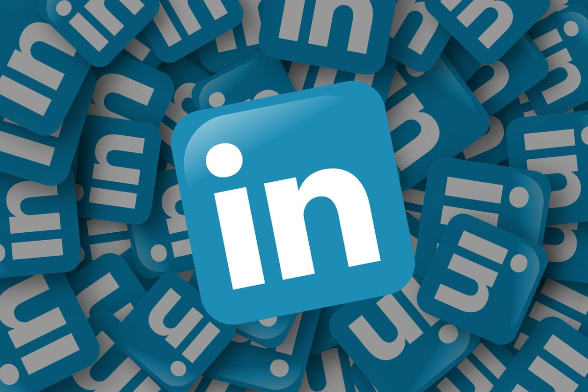 the between careers by coco back in 2008 when i was still working at the agency we were all buzzing excitement about this new platform linkedin we regarded it as the